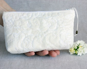Wedding Clutch Ivory Lace Roses Bridesmaid Clutch, White Wedding Bridal Clutch, Wedding Bridesmaid Lace Handbag Clutch Wedding White Ivory
