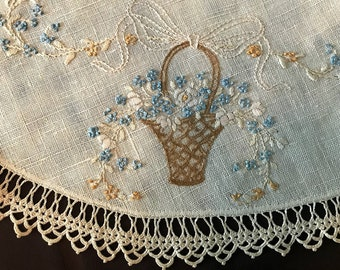 Beautiful Vintage Oatmeal Linen Round Doily with Crocheted Edging