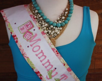Monogrammed Mommy To Be Sash