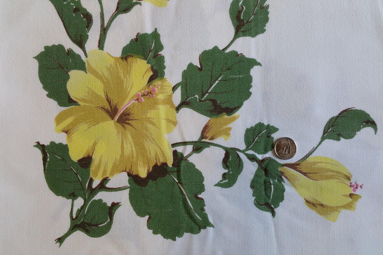 Tcc001 vintage tablecloth hibiscus flowers cutter tablecloth tcc001 vintage tablecloth hibiscus flowers cutter tablecloth yellow flowers cutter from vintagemorsels4u on etsy studio izmirmasajfo