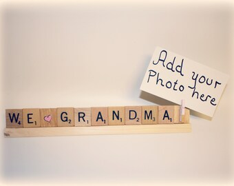 We Love Grandma, Grandma Photo, Grandma Photo Holder, Mom Frame, Love Mom, Mom Gift, Grammy, Grammy Gift, Mimi, Photo Holder, Nana Christmas