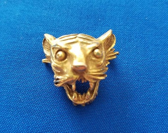 Signed SWANK Gold Tone Tiger Head Brooch