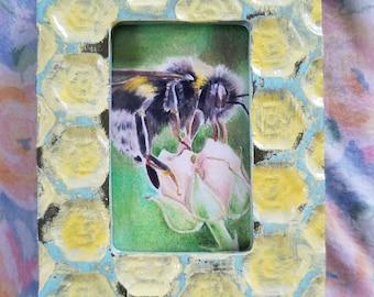 Color Pencil Honey Bee w/ Flower