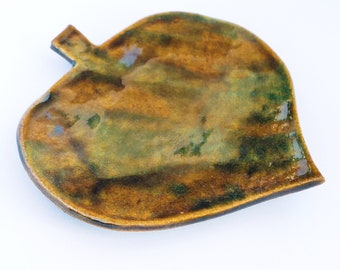 Simple Leaf Ring Dish