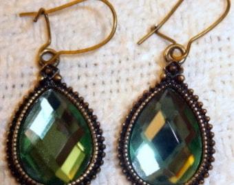 Vintage Emerald Green Dewdrop Dangles