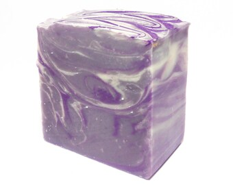 Lavender - Artisan Soap with Shea Butter and Cocoa Butter - Handmade