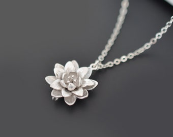 Chrysanthemum necklace, silver necklace, Flower necklace, Wedding necklace, Bridal jewelry, Anniversary, Christmas gift, tmj00022