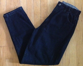 1980s LEE black high waisted tapered leg mom jeans, elastic at waist, size 14 med, 30 inch waist