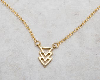 Arrow Necklace Gold , Dainty Everyday Gold Arrow Charm Necklace , Chevron Charm Necklace , BFF Friendship Necklaces