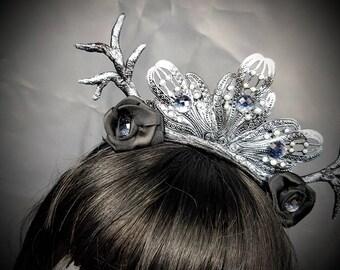 Silverblack witch gothic headpiece with handmade tree branches/deer antlers, Haarreif in silber schwarz mit handgeformten Zweigen / Geweih
