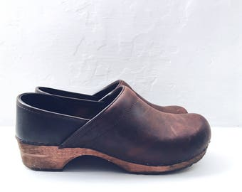 Closed Cloggs - Brown Leather - Wooden Sole - UK 7