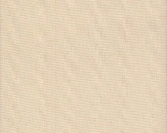 28 count Zweigart Brittney Lugana E/W Fabric Cream Fat Quarter - size 49 x 69cm