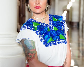 XOCHITL Embroidered Mexican Top/Mexican Shirt/Embroidered Top/Embroidery/Vintage/Boho/Ethnic