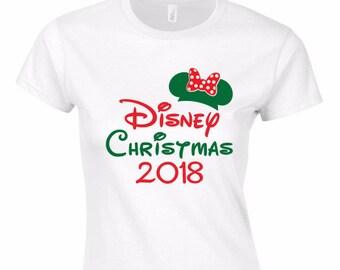 Minnie Disney Christmas 2018 T-Shirt - Disneyland - Disney World - Christmas at Disney - Mickey Mouse - Minnie Mouse - Cinderellas Castle