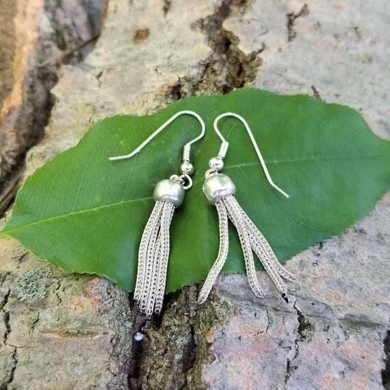 Vintage sterling silver foxtail tassel drop pierced earrings, shepherds hook, kidney wires