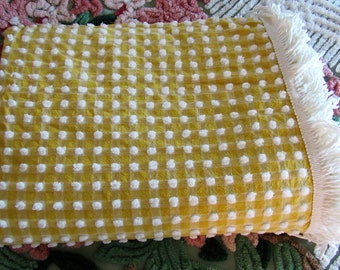 Picnic Time! Chubby Lil Pops on BUTTERSCOTCH GINGHAM Morgan Jones Vintage Chenille Popcorn Bedspread with White Fringe ~  Twin