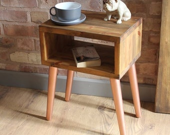 Attrayant Rustic Industrial Style Vintage Retro Side Table / Bedside Cabinet With  Copper Finish Tapered Legs