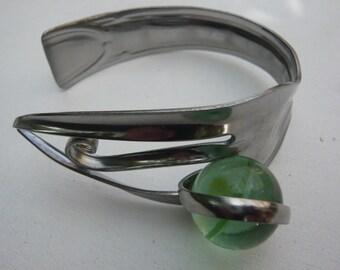 Fork bracelet ball playing adjustable