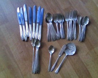 47 pc. set Roger's Brothers Reinforced Plate IS Flatware reinforced Silver plated