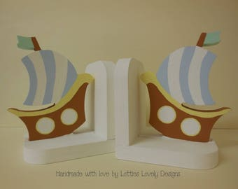 Handmade Boys's bookends / Nursery display bookends / Children's playroom / Bedroom