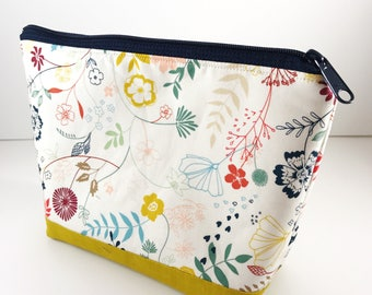 Floral Makeup Pouch, Zipper Bag, Cosmetic Storage, Sewing Supplies