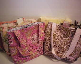 SALE! Tote bag / purse with pockets & magnetic closure - 2 left
