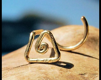 Gold Filled Tribal Nose Stud (Yellow) / Unique Nose Stud / Triangle Nose Stud / Rock Your Nose / Nose Screw / Bone / 24G 22G 20G - CUSTOMIZE