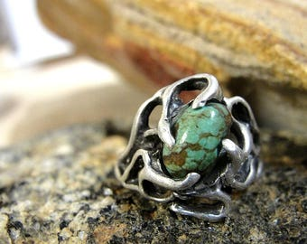 Vintage Hand Cast Sterling Silver and Turquoise Ring~ U.S. Size 6.5