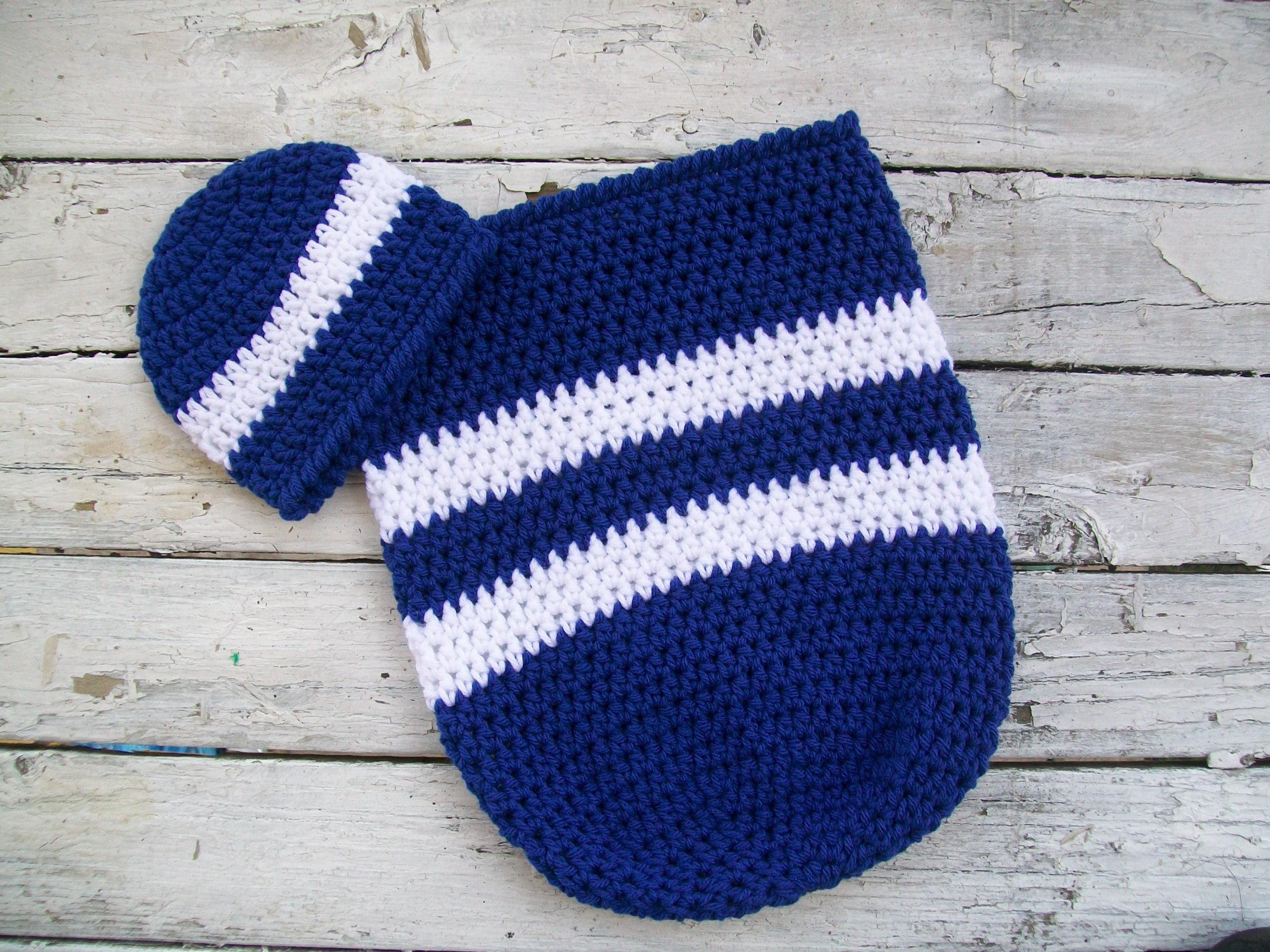 Crochet patterns, Baby crochet pattern, Baby cocoon, Toronto Maple ...