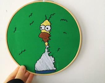 HOMER IN BUSHES - The Simpsons Embroidery