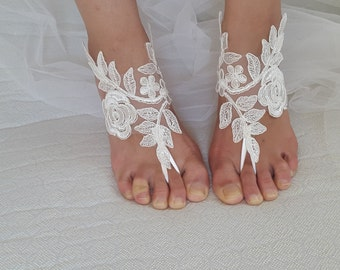 wedding shoes, summer shoes,beach shoes, ivory  lace barefoot sandals, wedding sandals, free shipping!