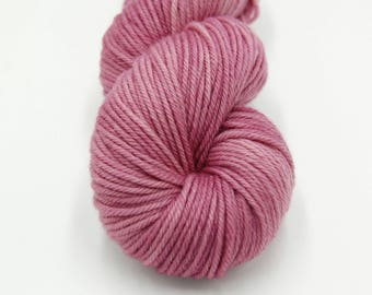 Merino Worsted Hand Dyed Yarn - Lilac Luster
