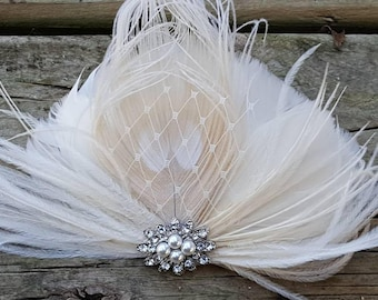 Wedding Hair Facsinator, Bridal Facsinator, Feather Fascinator, Bridal Hair Comb, Wedding Hair Comb, Bridesmaid Accessory, Ivory Fascinator