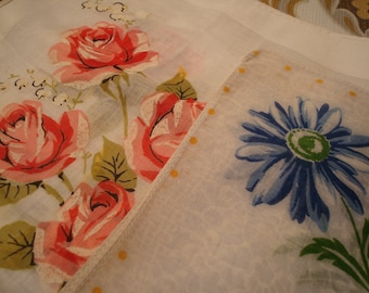 Vintage Red Roses & Blue Daisies Handkerchiefs - Great Vintage Condition!!