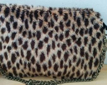 Leopard bag, plush clutch, leopard clutch, leopard handbag, leopard purse, leopard plush bag, chain bag,plush handbag,soft bag,fur bag