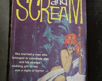 vintage paperback book wake up and scream 1959 milton ozaki noir dark classic mystery gga gold medal free shipping