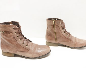 Steve Madden ankle lace up Boots Size 9.5