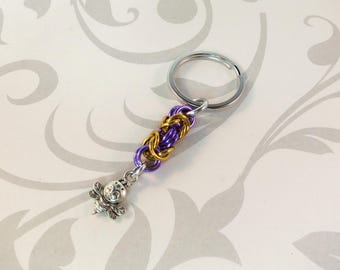 Bee Chainmaille Keychain / Metal Keyring / Indigenous Jewelry / Save The Bees / Nature Inspired / Housewarming Gift /  Byzantine Maille