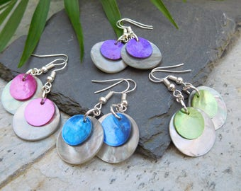 Layered disc earrings, made of shiny shell in contrasting dove grey and hot pink / blue / purple / green.