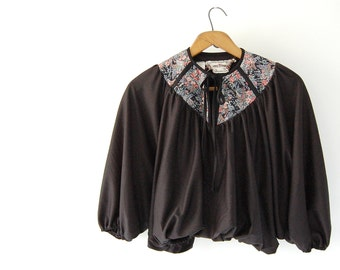 vintage Cropped Top / Batwing Bubble Top / Young Edwardian Arpeja / cocoon Black / cotton Calico yoke / neck tie / boho hippie shirt xs