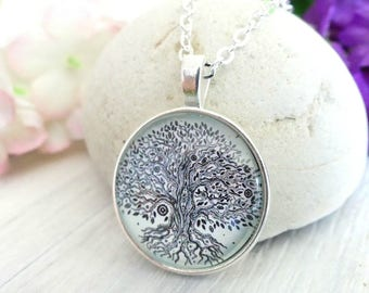 Tree Of Life Necklace, Tree of Life Pendant, Tree of Life Jewelry, Tree Necklace, Celtic Tree, Celtic Necklace, Celtic Jewelry, Great Gifts
