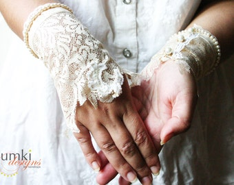 Shashimukha /// Bespoke BRIDAL Wristlets by Jhumki Couture-designs by raindrops