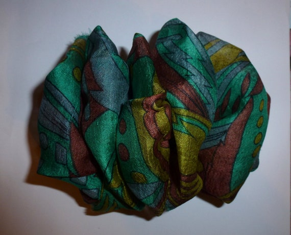 Becky Bows ~ OOAK ladies  Hand crafted SILK shabby chic  BIG fashion hair bow for Women or Girls giant green blue