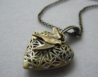 Antique Bronze  Large Heart Filigree Flower Locket, Antique Bronze necklace, Vintage,