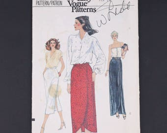70's Vogue 7305 Sewing Pattern, Straight Skirt 1979, Size 12 Extra Small XS