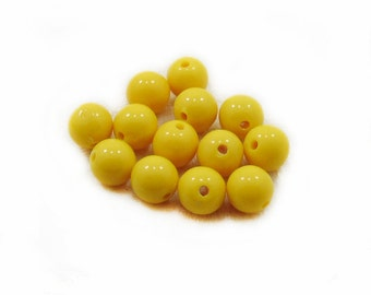 Yellow Plastic Beads, Plastic Beads, Acrylic Yellow Beads, 8mm Yellow Beads, 10 pcs Yellow Acrylic Beads, Jewelry Making, DIY Craft Supplies