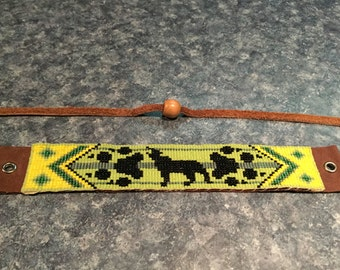 Native American wolf totem Loom Glass Beaded, Leather Bracelet, green and yellow - Men's or Women's