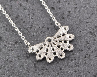 Bloom lace sterling silver necklace