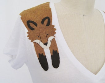 Wrapped Fox T-shirt in White by Dandyrions / Women's Fashion / Women's Clothing