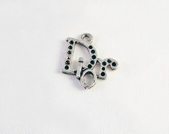ITL27 - Charm pendant brand claw luxury rhinestone black and silver old logo with imperfections